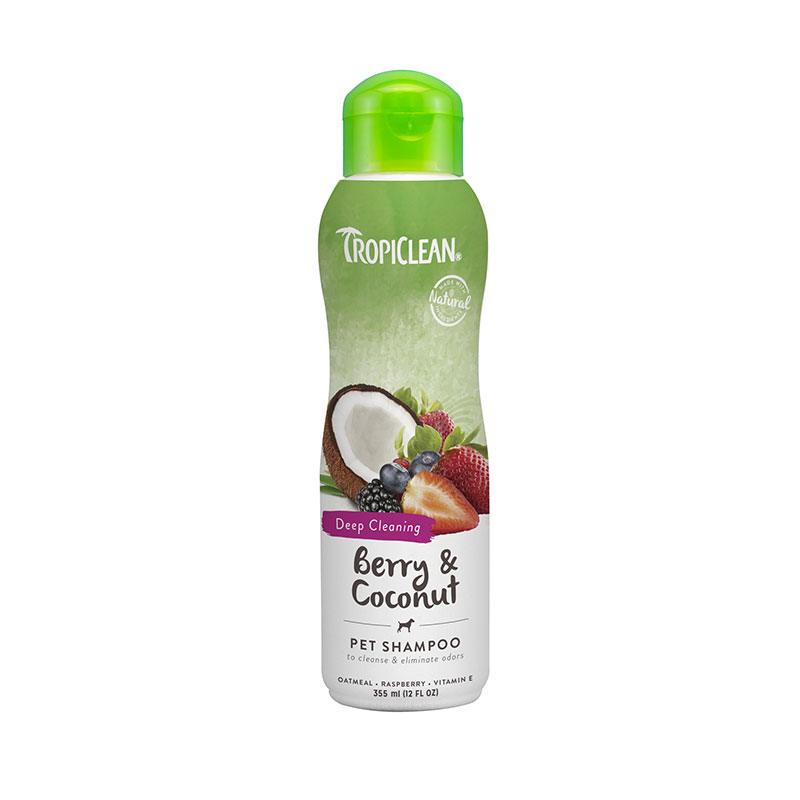 Tropiclean Anti-odor and Deep Cleaning shampoo berry and coconut