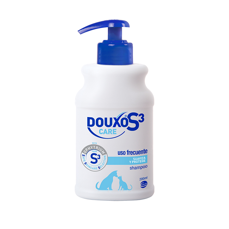 DOUXO S3 CARE Moisturizing shampoo for dogs and cats