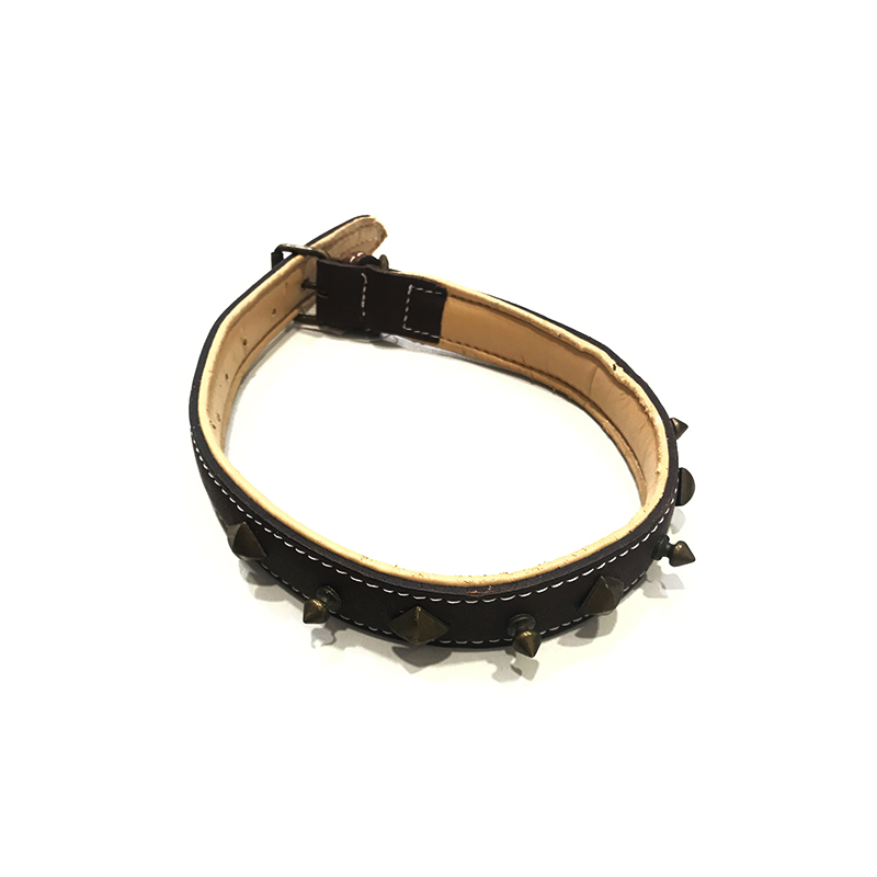 Malucchi Leather Necklace Decorated with Dark Brown Metal Pieces