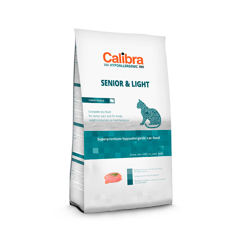 Calibra Cat Hypoallergenic Senior & Light Pavo